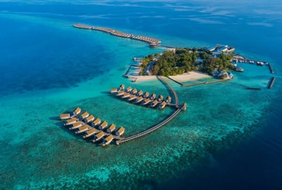 Day Tour to Centara Ras Fushi Resort & Spa