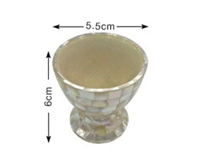 Handmade egg holder with oyster shell (LX009)