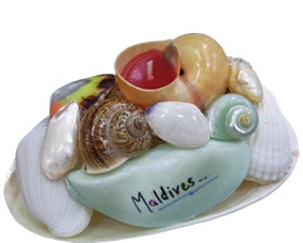 Malediven Muschelkorb mit einer Kerze (WLC017)