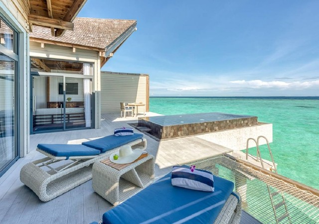 Mӧvenpick Resort Kuredhivaru Maldives