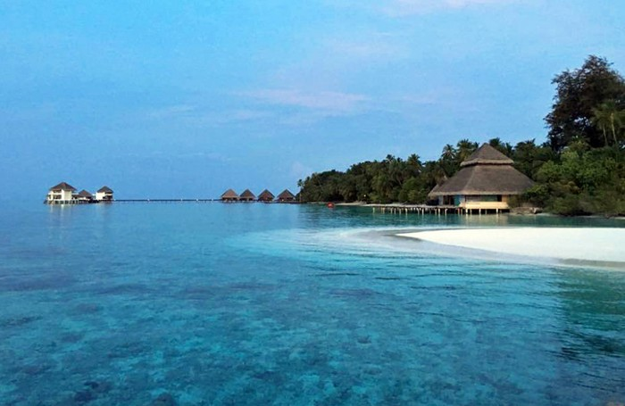 Easy access to the house reef