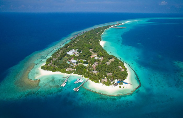 Aerial view of Kuramathi Maldives